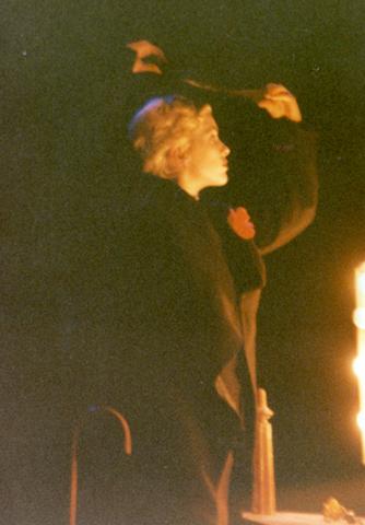 Molly Gallagher (now Findlay) as Didi