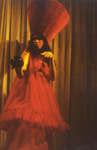 Alison Tatlock as Therese / Tiresias